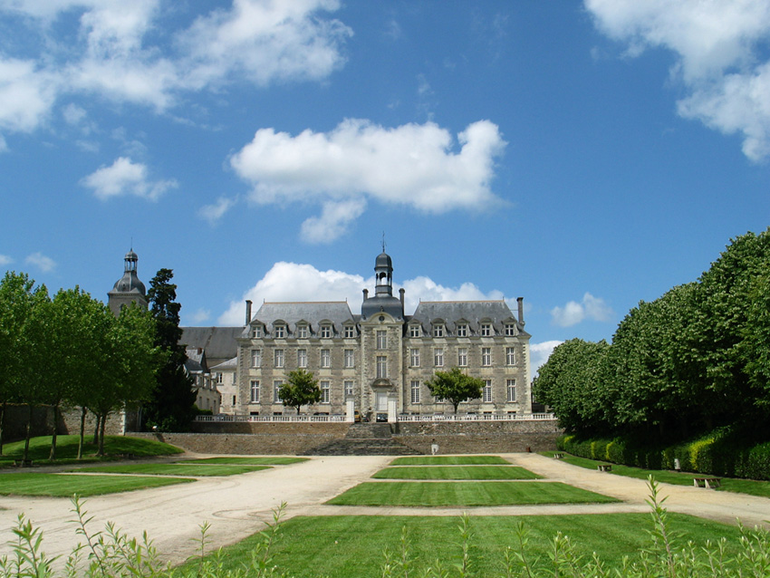 abbaye_et_jardins.jpg