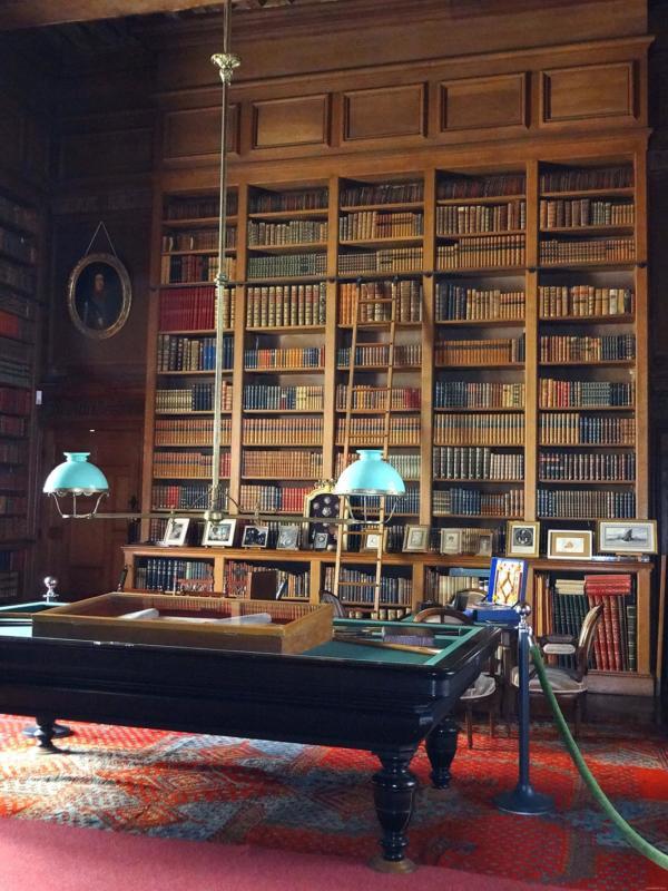 La bibliothèque Serrant