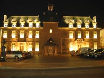 Abbaye et place de la mairie