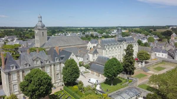 abbaye et palais abbatial